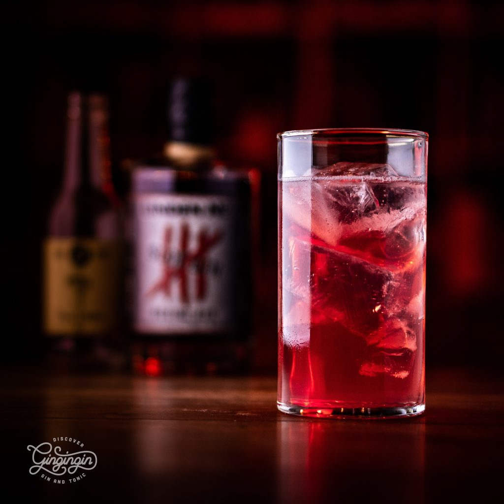 Linden No. 4 Sloe Gin Rubine Red als Gin Tonic mit 3 Cents Tonic